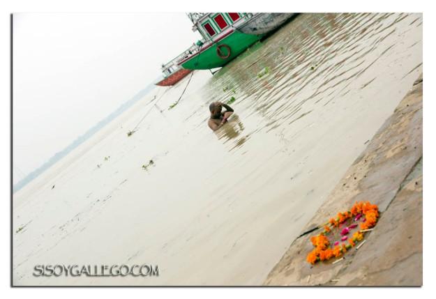 _Ganges.Ablucion matinal