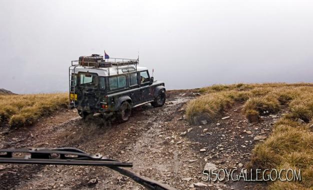 IMG_6354.Jeep subiendo.