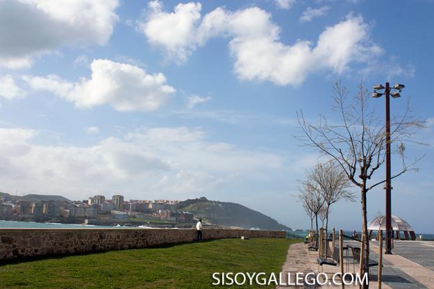 17..-Paseo Maritimo.Coruña
